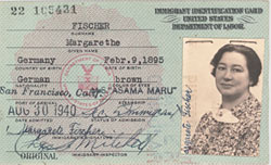 Immigration identification cards for Gustav and Margarete Fischel