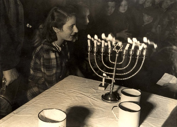 Hanukkah celebration in Westerbork transit camp